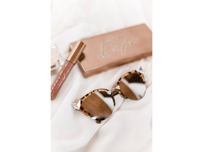 Extravagantné okuliare Bella v hnedej