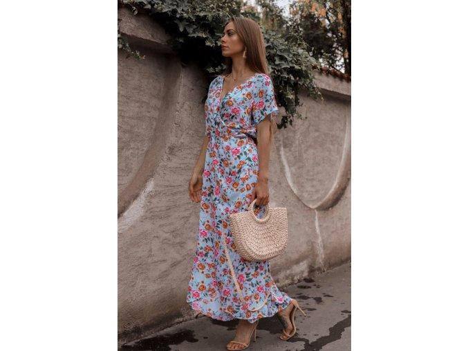 Svetlo-modré kvetinové zavinovacie šaty s krátkym rukávom