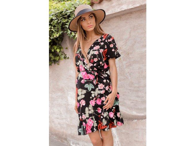 Krátke kvetinové zavinovacie šaty v čiernej