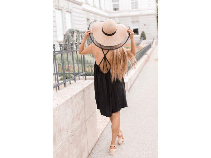Veľký trendy klobúk