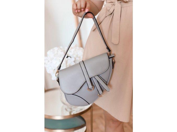 Štýlová svetlo-sivá kabelka na rameno