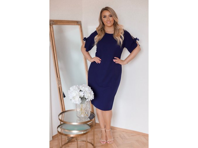 Tmavo-modré šaty s krátkym rukávom
