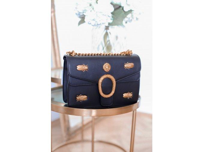 Trendy čierno-zlatá kabelka