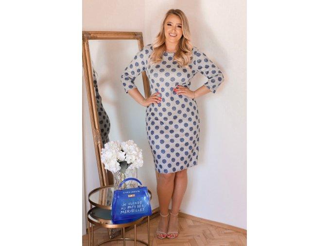 Svetlo-sivé bodkované šaty s trojštvrťovým rukávom