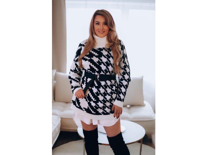 Čierno-biely sveter so vzorom kohútej stopy