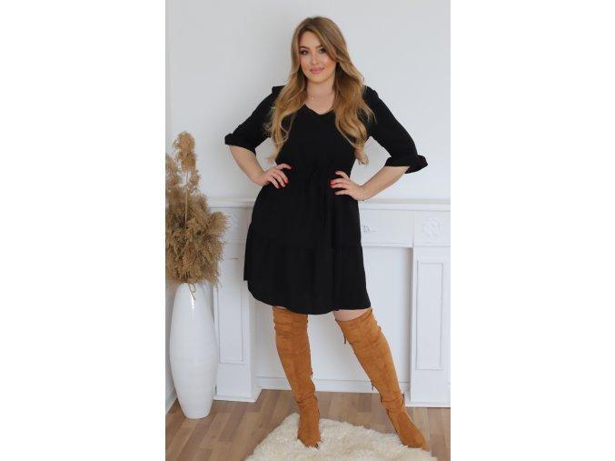 Krátke čierne šaty s výstrihom do V