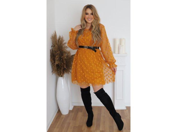 Horčicové bodkované šaty s opaskom