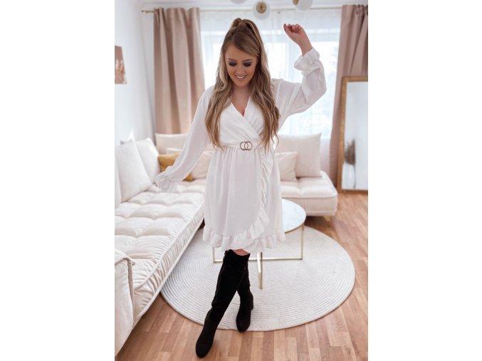 Biele šaty s volánom a opaskom