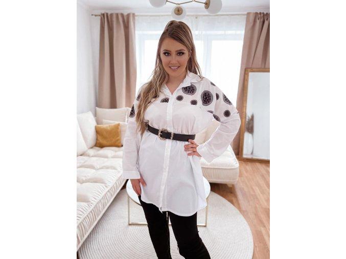 Biela voľná košeľa s čiernym vzorom
