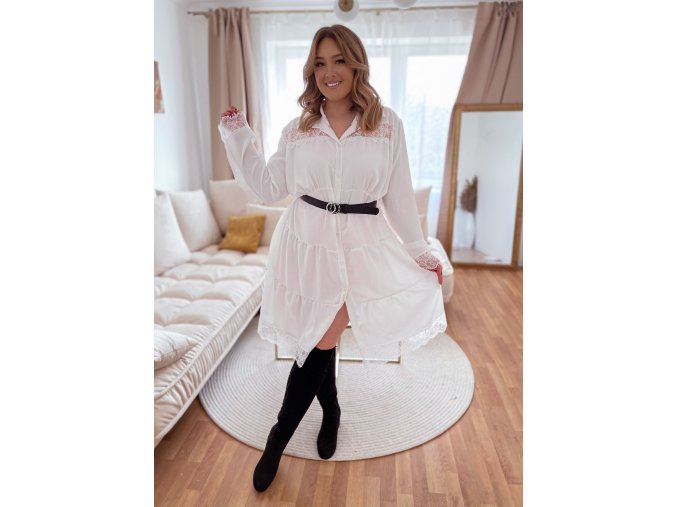 Prešívané šaty s čipkou - biela