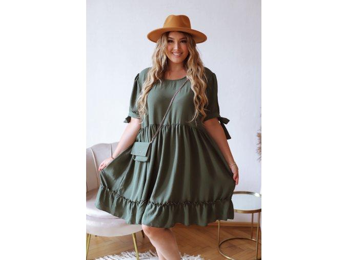Krátke prešívané šaty s mini kabelkou v khaki