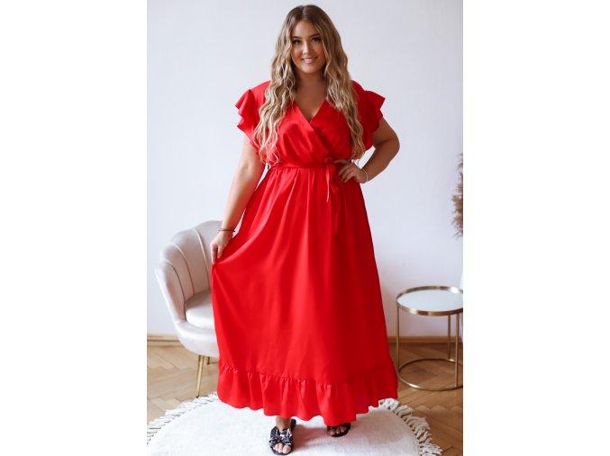 Dlhé červené šaty s efektom saténu