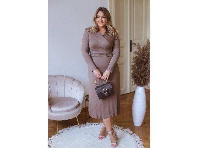Elastické šaty v midi dĺžke s dlhým rukávom - hnedá