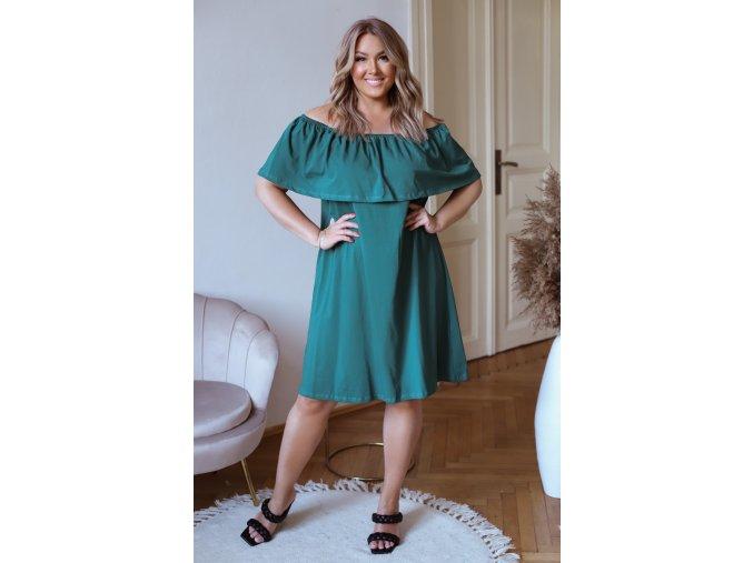 Zelené šaty s odhalenými ramenami