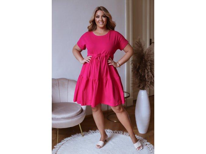 Prešívané šaty s krátkym rukávom a šnúrkou v páse - fuchsiová