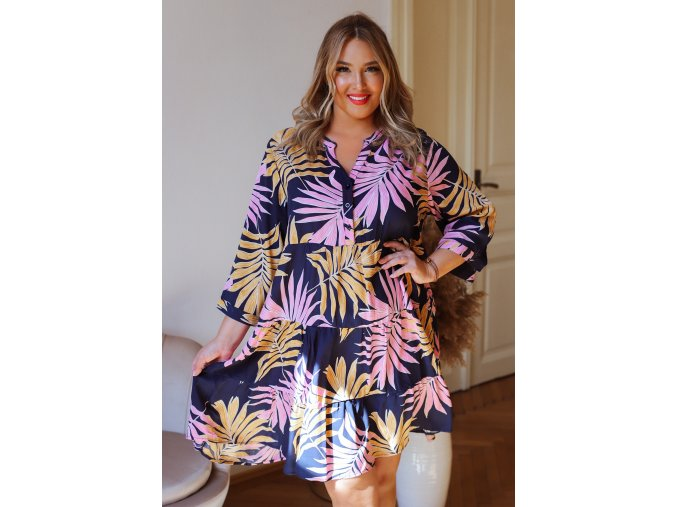 Krátke šaty s tropickým vzorom v tmavo modrej farbe