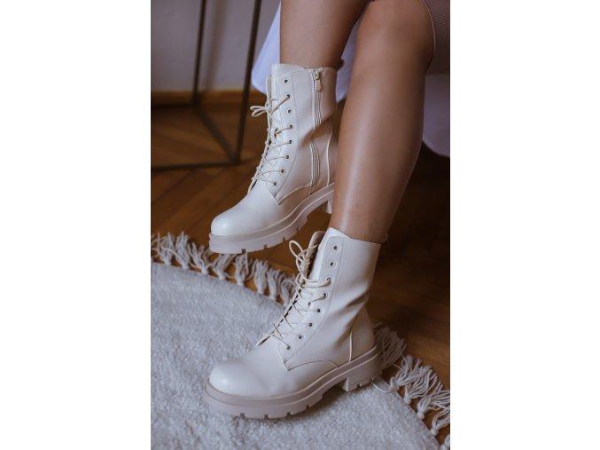 Béžové šnúrovacie topánky