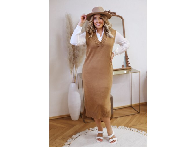 Hnedé svetrové šaty bez rukávov