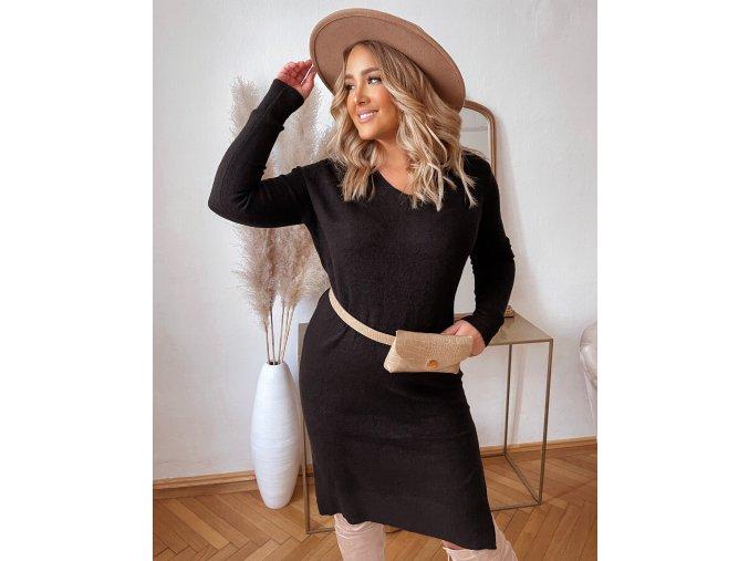 Svetrové šaty s dlhým rukávom v čiernej