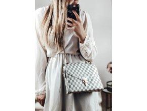Elegantná béžová kabelka so vzorom