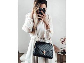 Elegantná čierna kabelka so vzorom