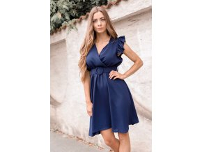 Krátke tmavo-modré šaty s opaskom