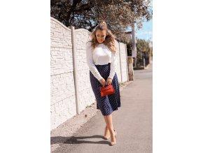 Tmavo-modrá bodkovaná sukňa
