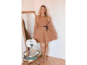 Béžové úpletové šaty s opaskom