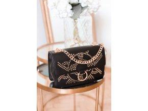 Vybíjaná čierna kabelka