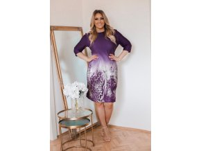 Fialové šaty so zvieracím vzorom na sukni