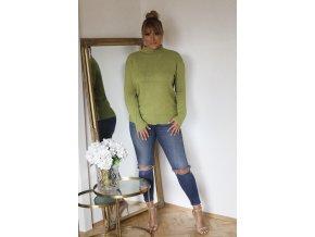 Zelený sveter s jemným vzorom