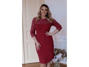 Tmavo-červené šaty s čipkovaným vrchom