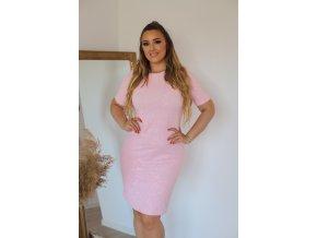 Svetlo-ružové šaty s jemným vzorom ruží