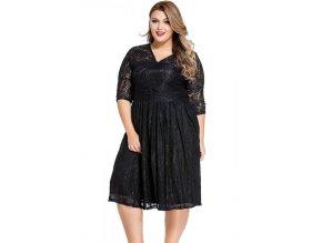 Krajkované čierne šaty pod kolená
