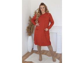 Voľné svetrové šaty s čipkou na ramenách - tehlová