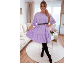 Voľné prešívané šaty s krátkym rukávom vo fialovej