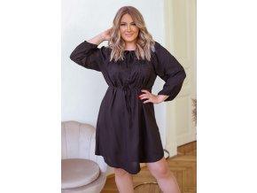Čierne šaty s čiernou výšivkou