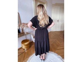 Dlhé voľné šaty s krátkym rukávom v čiernej