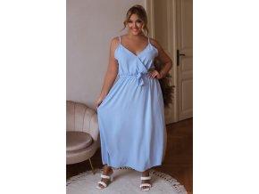 Dlhé šaty na ramienka s opaskom v svetlo modrej