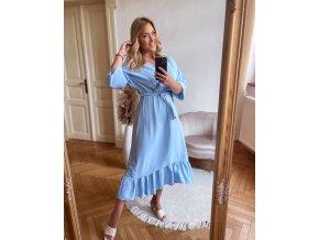 Svetlo modré šaty v midi dĺžke