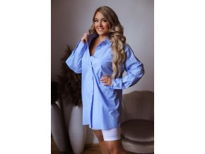 Modrá oversize košeľa s bielymi prúžkami