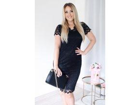 Čierne čipkované šaty pod kolená