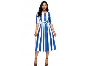 Bielo-modré pruhované šaty pod kolená