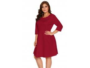legantné červené šaty s trištvrťovym rukávom
