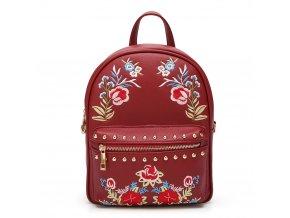 Červený ruksak s kvetinami