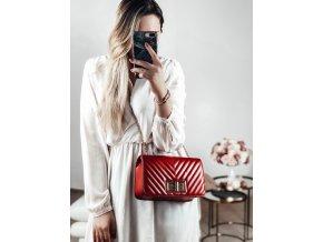 Kabelka v červenej farbe Zara