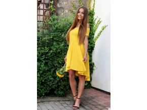 Asymetrické koktejlové šaty v žltej
