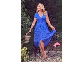 Asymetrické modré čipkované šaty