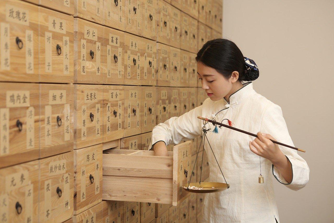 Tradiční čínská medicína (TCM) a síly jin a jang