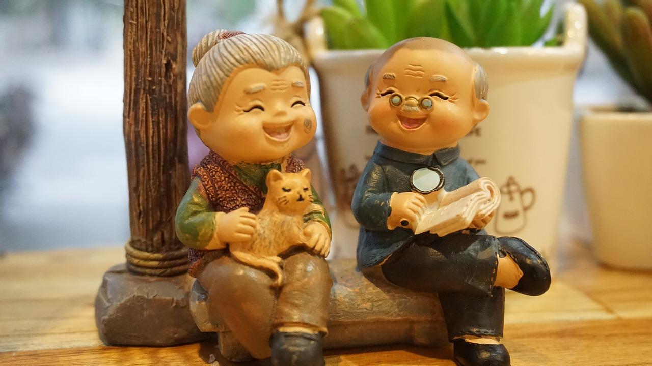 Ideální dárek pro babičku a dědu? Pomůcky pro seniory